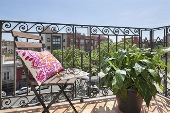 Apartamento Happy People Sagrada Familia Apartments