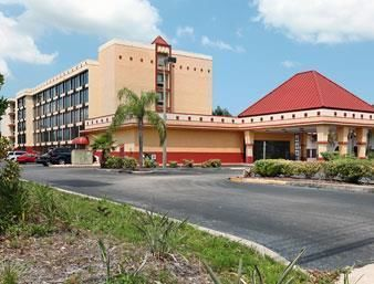 Hotel Baymont Inn And Suites Clearwater