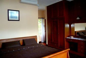 Hotel Brahminy Kite Holiday Home