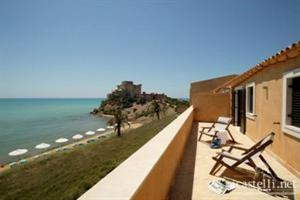 Hotel Falconara Charming House & Resort