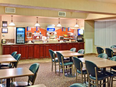 Holiday Inn Express Hotel & Suites Henderson