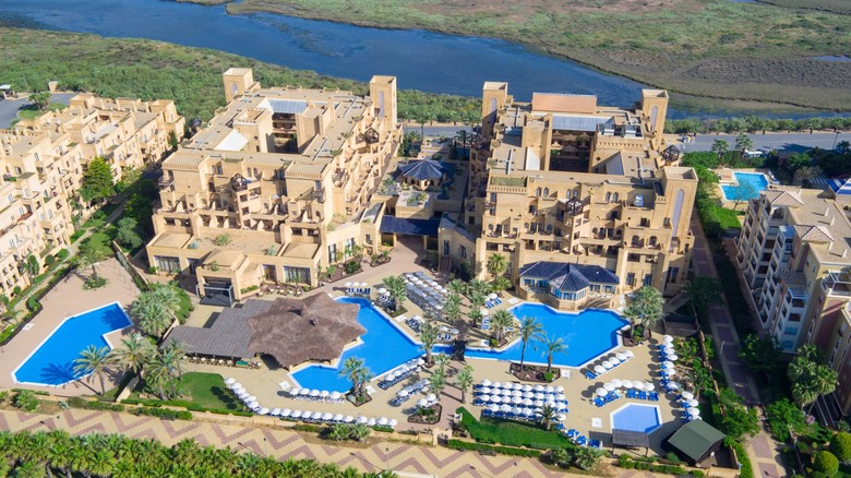 Hotel iberostar isla canela isla canela huelva for Jardines isla canela