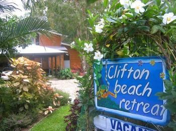 Bed & Breakfast Clifton Beach Retreat