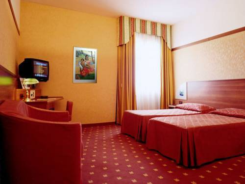 Hotel zola zola predosa bolonia for Hotel a zola predosa