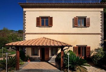 Villa Sorrento Holidays (v425)