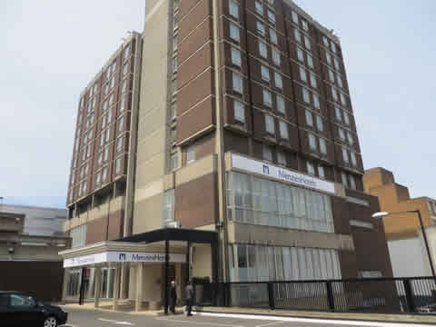 Hotel Menzies Luton Strathmore