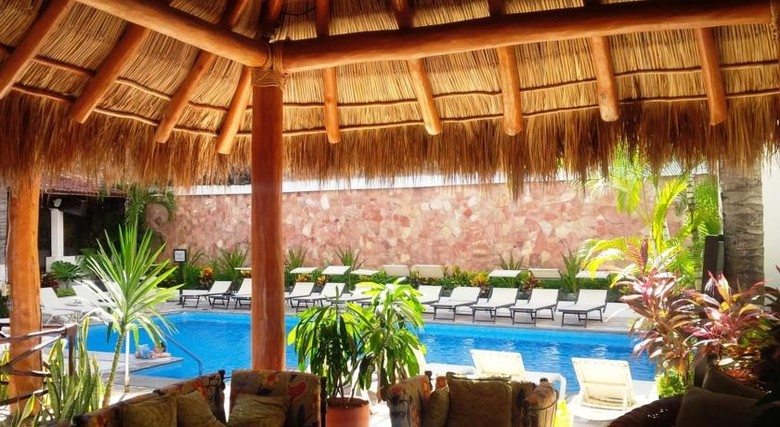 Hotel Costa Sur Resort & Spa