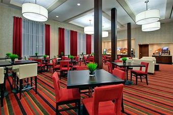 Hotel Holiday Inn Express & Suites Chatham South