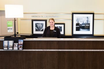 Hotel Hampton Inn By Hilton Lloydminster