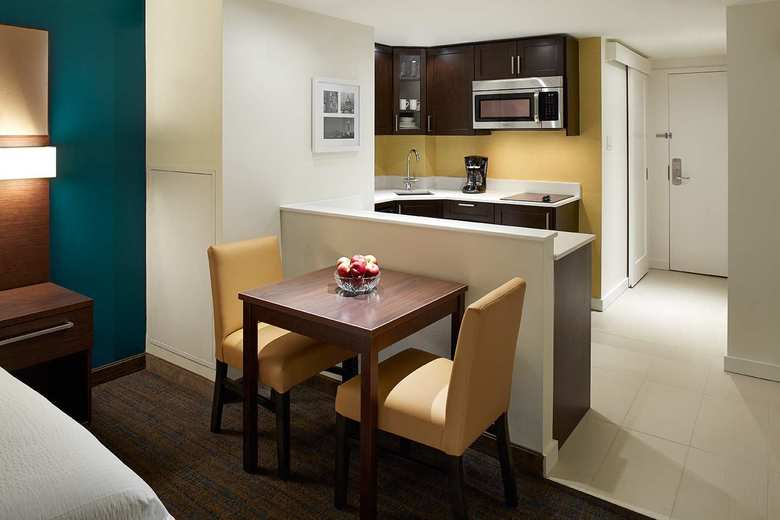 Aparthotel Residence Inn By Marriott Montreal Downtown