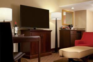 Hotel Embassy Suites Houston - Near The Galleria