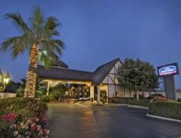 Hotel Howard Johnson Norco