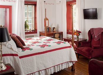Bed & Breakfast Historic Smithton Inn