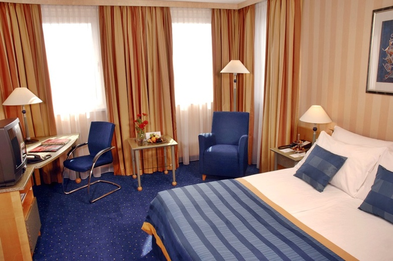 Hotel NH Danube City