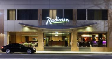 Hotel Radisson On Flagstaff Gardens