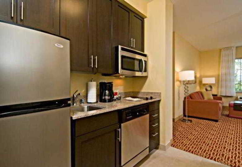 Hotel Towneplace Suites By Marriott San Diego Vista