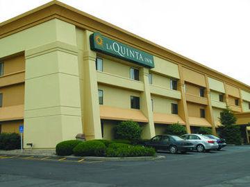 Hotel La Quinta Inn Indianapolis Airport Executive Drive