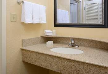 Hotel Courtyard By Marriott Dallas Las Colinas