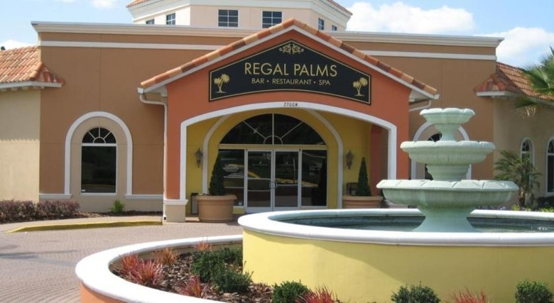 Hotel Regal Palms Resort & Spa