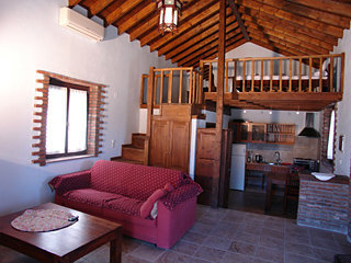 Apartamentos Aloni Cottages