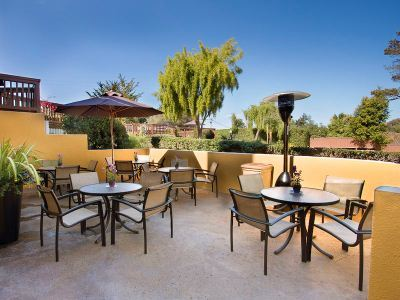 Hotel Mariposa Inn And Suites