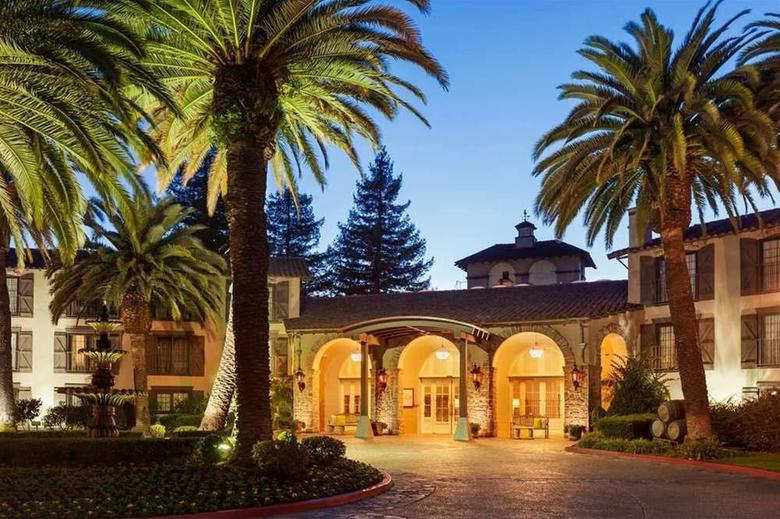 Hotel Embassy Suites Napa Valley