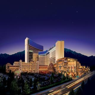 Hotel Peppermill Resort  Casino