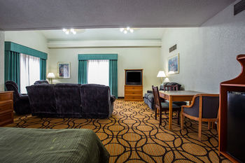 Hotel Quality Inn & Suites Charlotte Airport