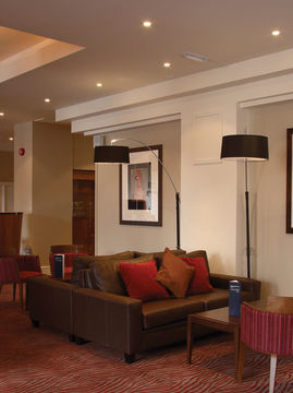 Hotel Menzies London Luton Strathmor