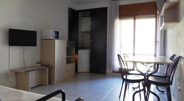 Hotel domus apartamentos andorra la vella andorra - Andorra la vella apartamentos ...