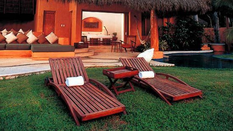 Hotel El Tamarindo Beach & Golf Resort