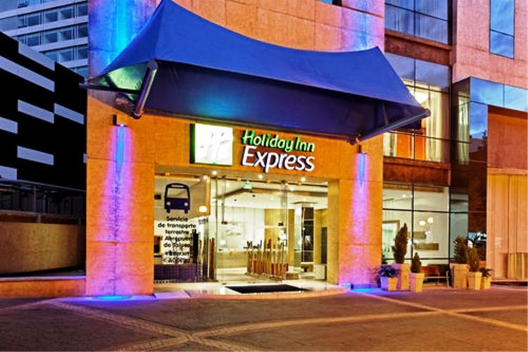 Holiday Inn Express Hotel & Suites At Wtc