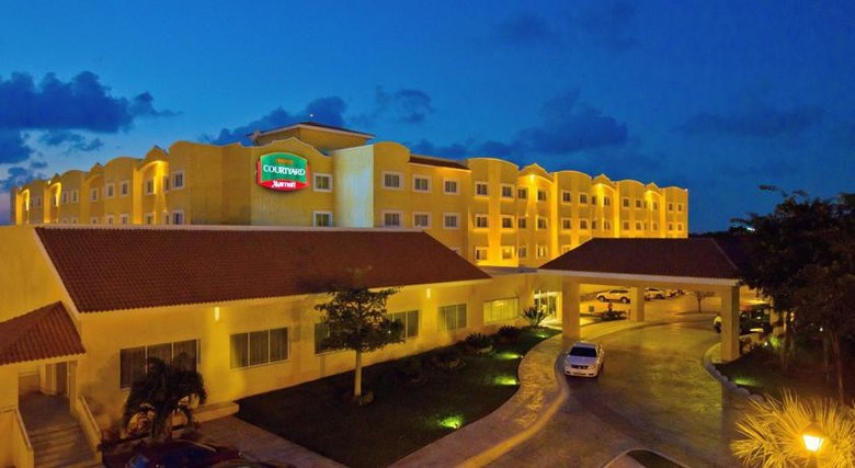 Hotel Courtyard By Marriott Cancun Airport