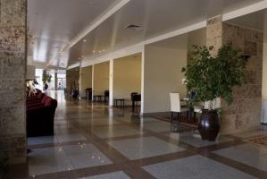 Ever Caparica Beach & Conference Hotel