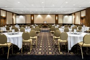 Hotel Four Points By Sheraton Toronto Airport