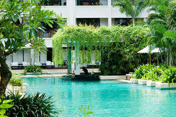Hotel Banthai Beach Resort And Spa
