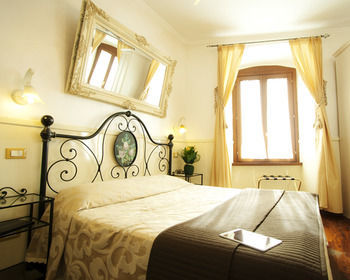Bed & Breakfast Le Suite Di Via Ottaviano