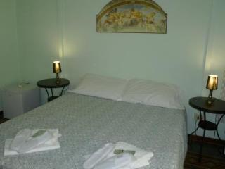 Bed & Breakfast Carlo Alberto House
