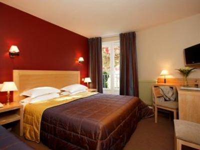 Timhotel Chartres Chatelet