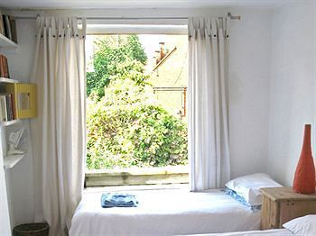 Bed & Breakfast At Home Chiswick