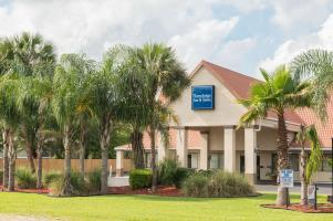 Motel Travelodge Inn & Suites