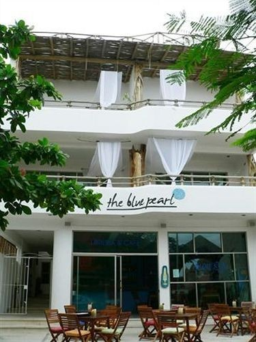 Residencia The Blue Pearl Suites