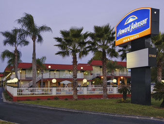 Hotel Howard Johnson Inn And Suites Clearwater Fl