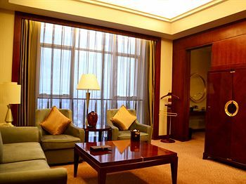 Hotel Howard Johnson Plaza Ningbo