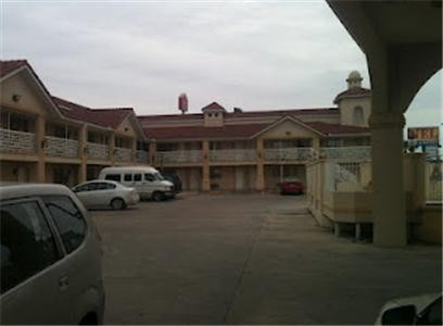 Motel Nel Inn And Suites