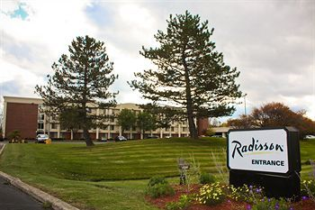 Radisson Hotel Rochester Airp