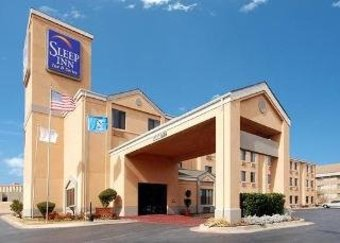 Hotel Sleep Inn & Suites Central/i-44