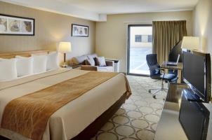 Hotel Comfort Inn Winnipeg Airport