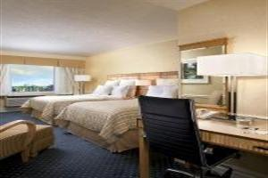 Hotel Four Points By Sheraton Toronto Lakeshore