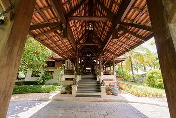 Hotel Khao Lak Bhandari Resort & Spa